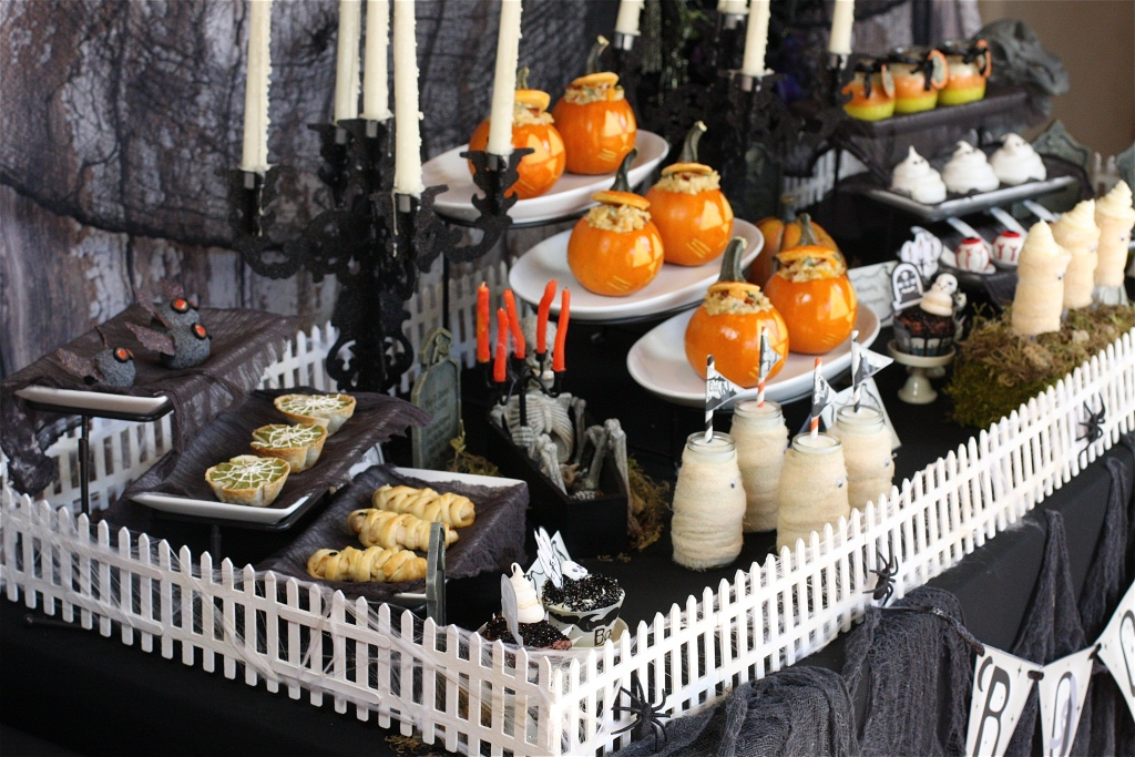 halloween-party-decorating-ideas-scary.jpg