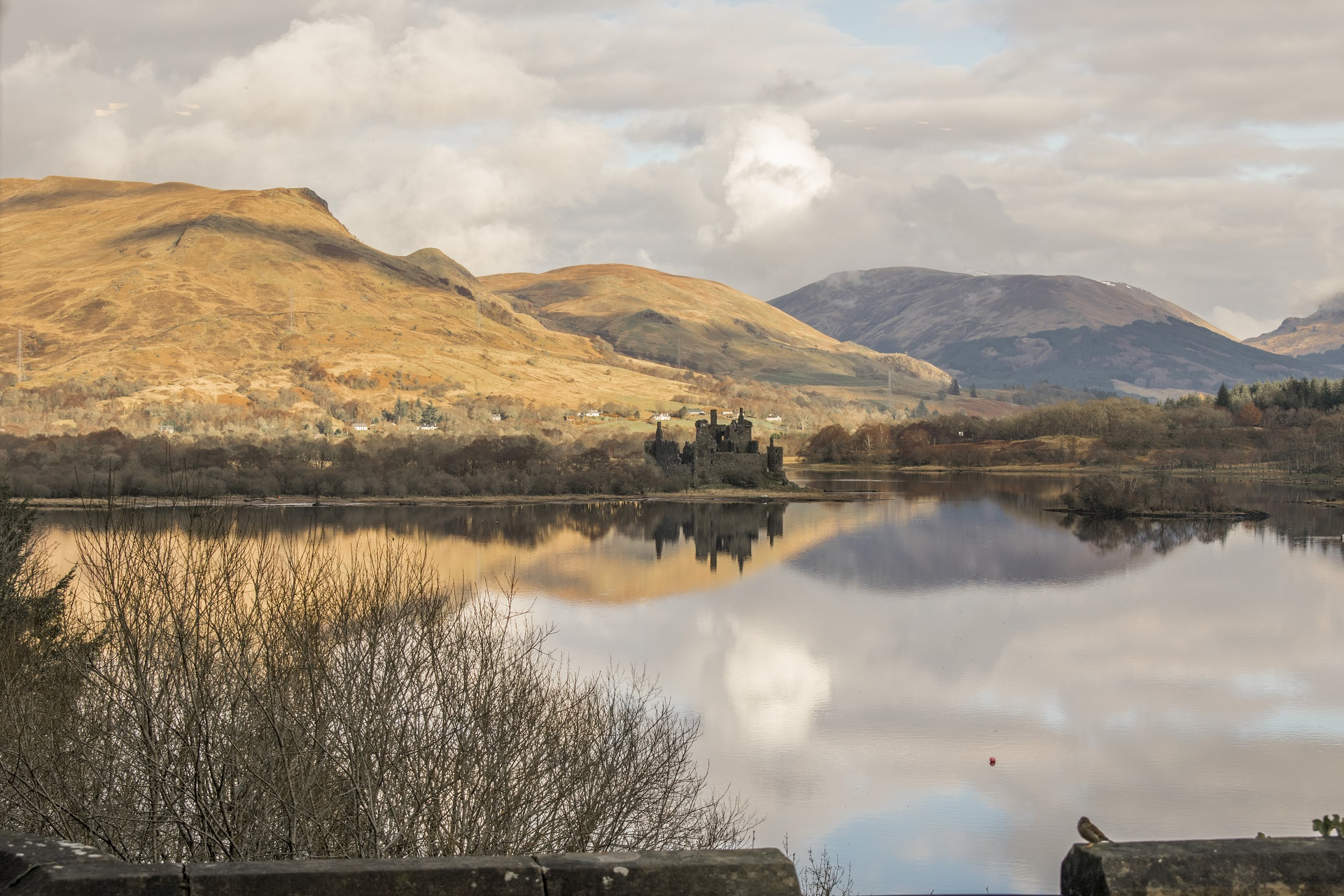 loch_awe_castle_copy_2.jpg