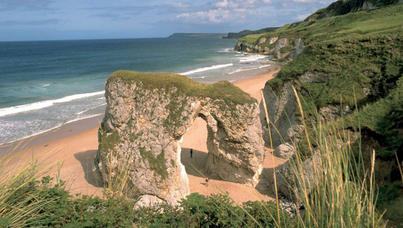 mm_ti_beaches-whiterocks-sea-arch_car.jpg