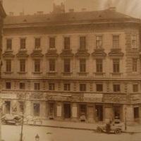 Százéves házak - Veres Pálné utca 10.