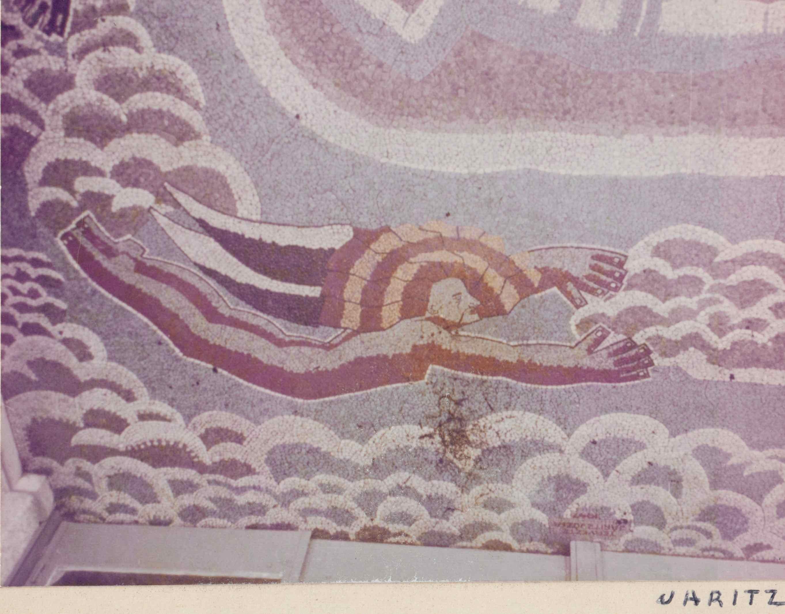 A képet Járitz István adta. Sajnos nem tudjuk pontosan ezek a mozaikok hol voltak, talán a terasz padlóját díszítették, de mindegyik Járitz Józsa alkotása.