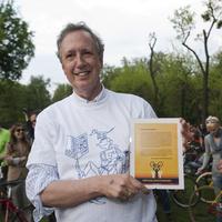 Meghalt a budapesti biciklizést támogató holland nagykövet