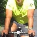 Kerékpárral pálinkázik a triatlonos lovag