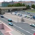 Biciklis alagutat fúrnak a Margit híd pillérjébe
