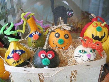 dressed-pumpkins.jpg