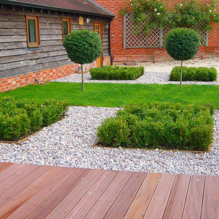 083be5eb1a02b4526b2cfa77ffbd251f--minimalist-garden-barn-conversions.jpg