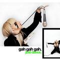 Ki tervezte Lady Gaga kesztyűjét?