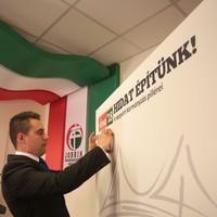 A bérunió jó kezdeményezés, a Jobbik viszont a Jobbik