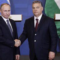Brüsszeltől védjük, Moszkvának eladjuk a szuverenitásunkat