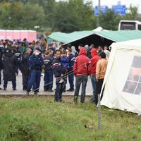 Röszkei menekülttiltakozás - a minimumot se képes hozni a magyar állam?