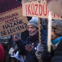 Ha nem a számokat, hanem az embereket nézné a magyar állam, tragédiák sora lenne megakadályozható