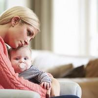 A Pestisrácok szerint az egyszülős családban felnövő gyerekek jó eséllyel viselkedési zavaros, szenvedélybeteg bűnözők lesznek, és ezt tovább is örökítik