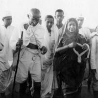 Mohandász Karamcsand Gandhi: A hűtlenség kötelessége