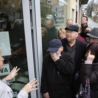 A saját farkába harapó Rogánkígyó leszocibrókerezte a Fideszt
