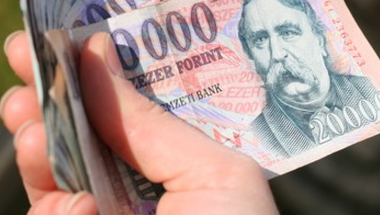 Mi a baj a minimálbér emelésével, és hogyan lehetett volna kiküszöbölni a kockázatait?