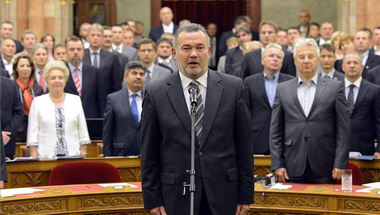 Lázár célkeresztjében a Fidesz által megválasztott ombudsman