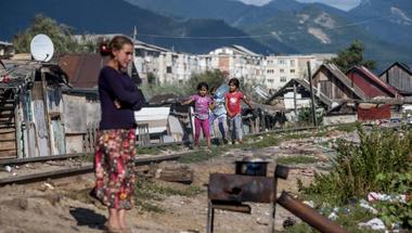 A szegények szemébe röhögnek – és még csak nem is szégyellik
