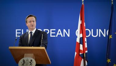 """""""Véletlenül"""" kitáncolhatnak a britek az EU-ból"""