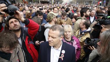 Kifütyülik Orbánt, megtapsolják Majtényit? - Március 15. percről-percre