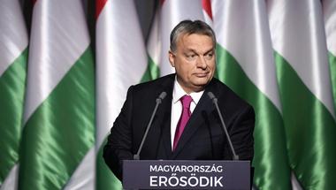 Orbán nemet mond a nyugati bérekre, csak hatalmon maradjon