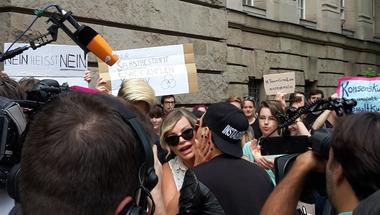 """Törvényi szigorítás Németországban a nemi erőszakkal kapcsolatban: ma többet ér egy """"nem"""""""