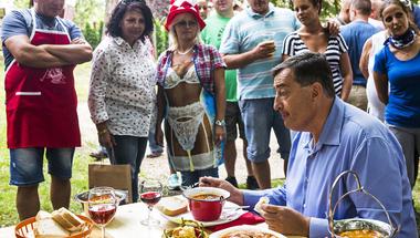 A gazdagok megadóztatásával igazíthatóak ki a Fidesz igazságtalanságai