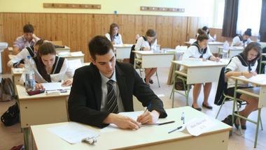 Botrány a szakmai érettségin: a Tanítanék, a CKP és a TASZ jogsegélyt kínál az érintetteknek!