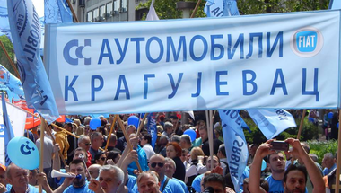 Sztrájkhullám Szerbiában: a külföldi tőke feneketlen kútja