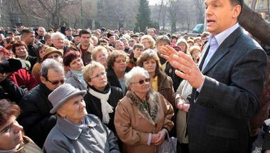 Ha tényleg fiatalok támadják a nyugdíjasokat Vona szavai miatt, arról csak a Fidesz tehet