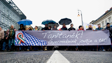 A kormány blöfföl, a Tanítanék Mozgalom készül a sztrájkra