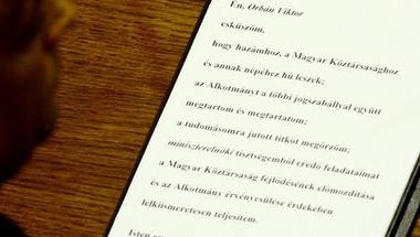 Alktománymódosítással az alkotmány ellen