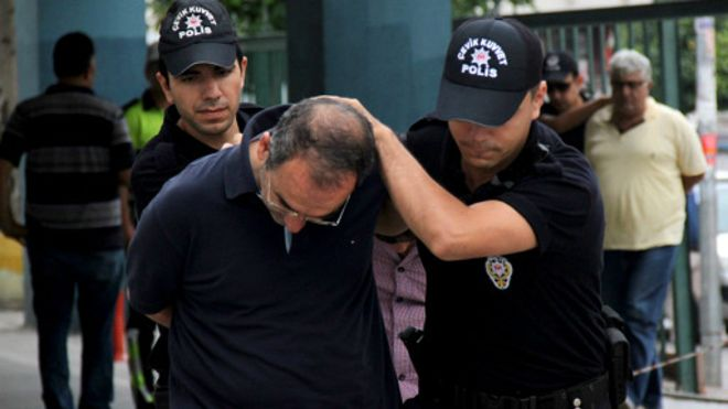 160722092122_turkey_coup_arrests_epa_512x288_epa_nocredit.jpg