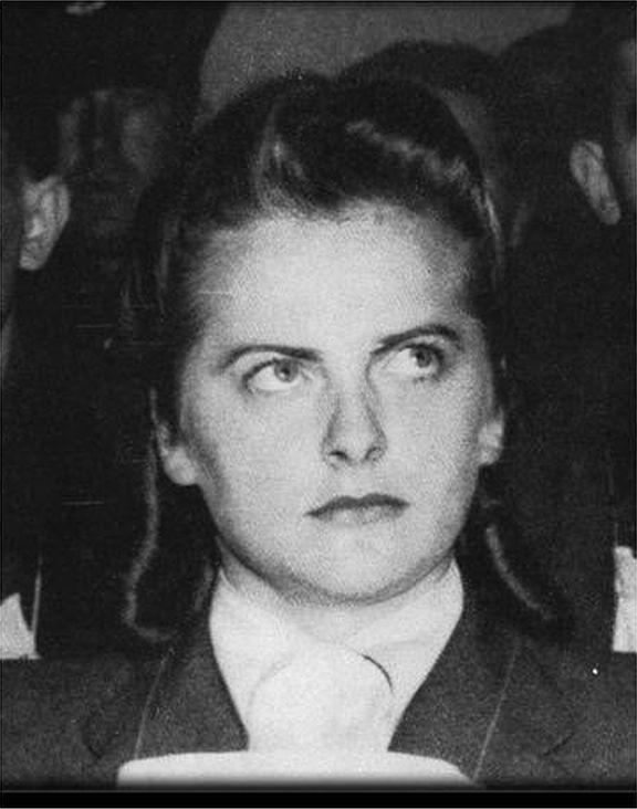 10 elvetemült, mégis gyönyörű gyilkos nő, 1. rész - KillerGoth | 576 x 732 jpeg 50kB