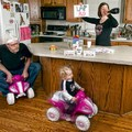 Csodásan vicces képek apáról és lányáról