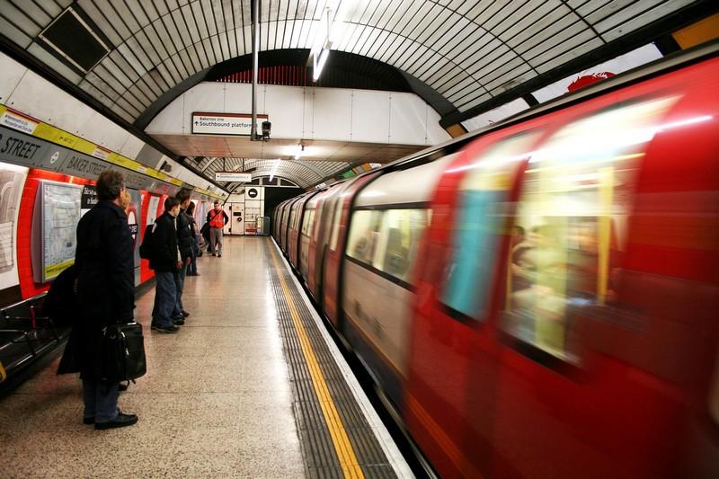 nagy-britannia_london_metro_foto_pixabay_com_fedi_1.jpg
