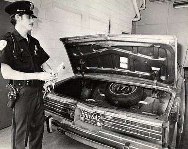Jimmy Hoffa autója 1975.jpg