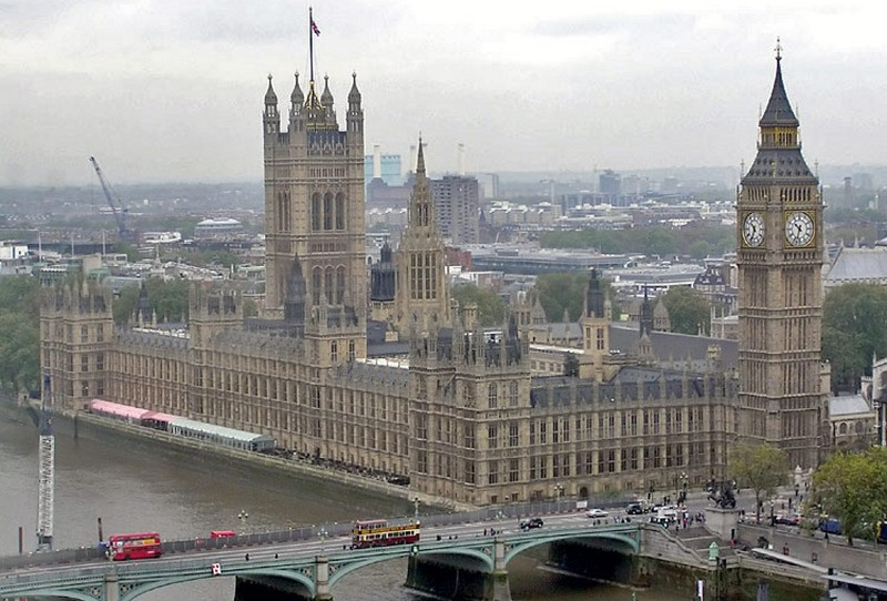 nagy-britannia_parlament_1.jpg