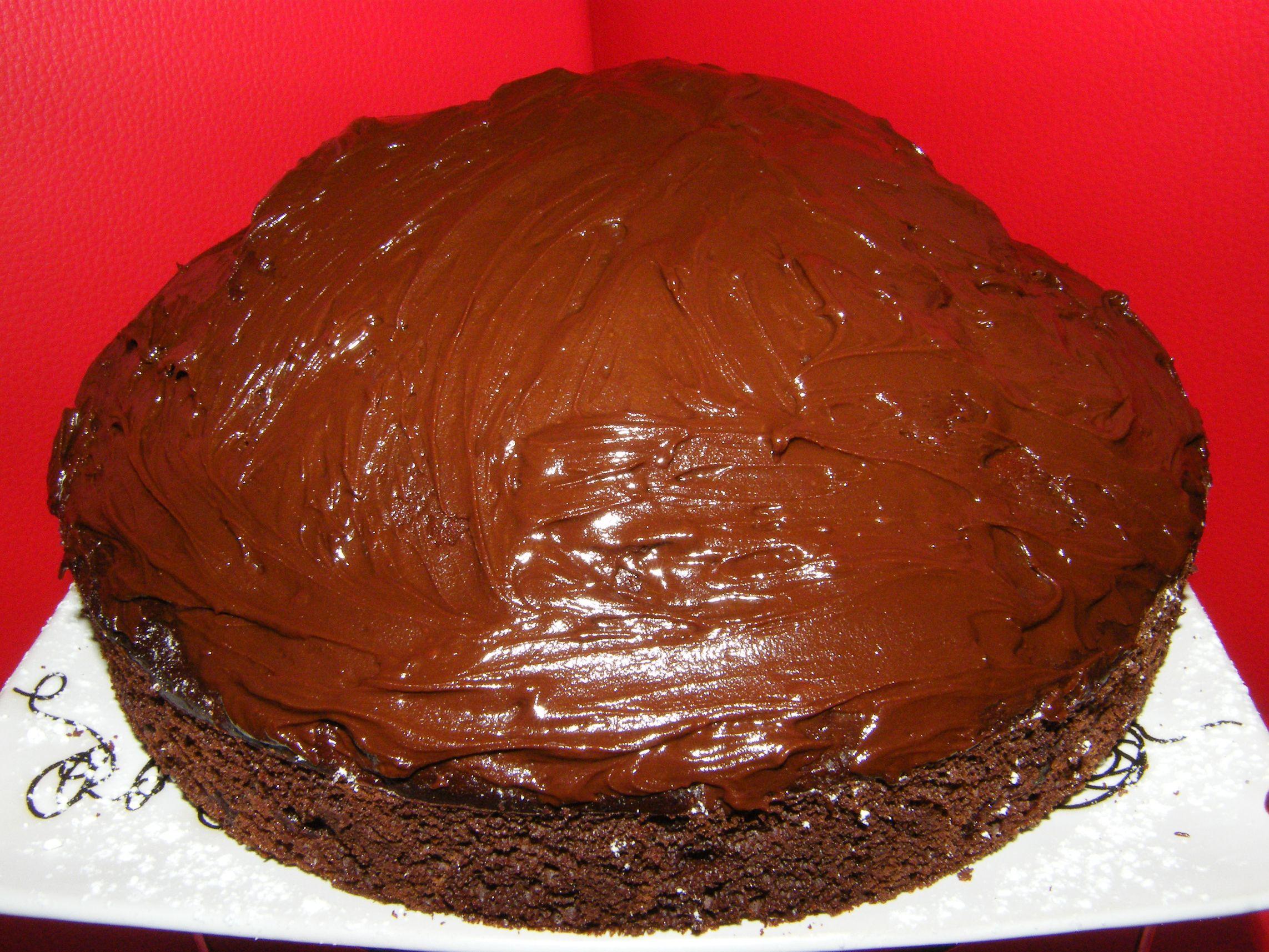 csupa_csokis_meggyes_torta_2.JPG