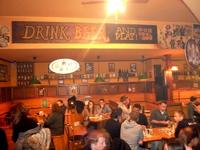Zöld kancsó söröző