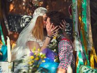 Kocsma és esküvő