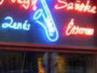 Négy szürke Music Pub