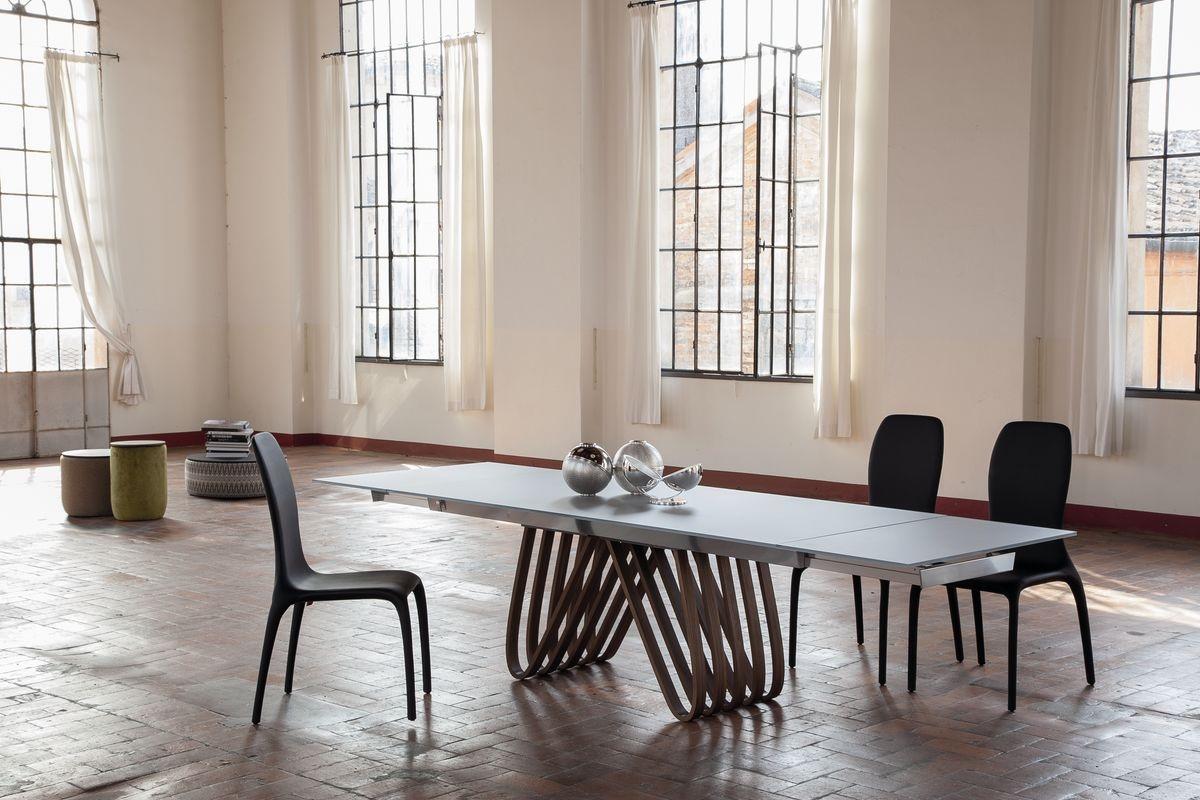 K l nlegesen sz p asztalok konyhasziget for Tavoli pranzo cristallo