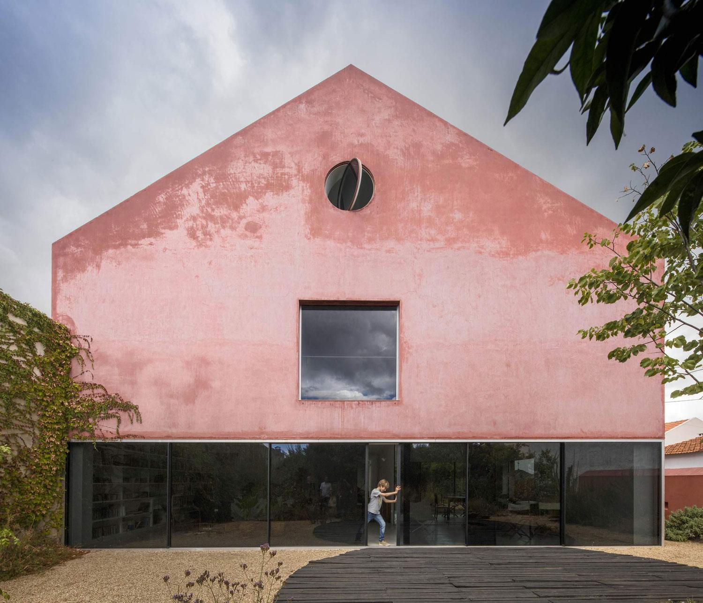 Erős jelenlét - egy minimál ház Portugáliából