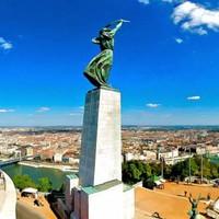 Tedd próbára, mennyire ismered az irodalmi Budapestet!