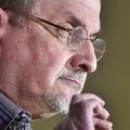 Megnövelték a Salman Rushdie fejére kitűzött vérdíj összegét