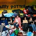 Jön a nyolcadik kötet, a hétvégén újra kitörhet a Harry Potter-láz