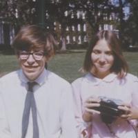 Hawking sokaknak zseni volt, másoknak hálátlan hisztérika