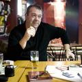 """""""Azt írom le, amit gondolok erről a rettenetes világról"""" - Interjú Fehér Bélával"""