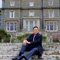 Tan Twan Eng: A kötelesség több a szeretetnél