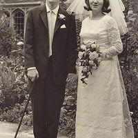 Tíz történet a mindenség ura, Stephen Hawking életéből